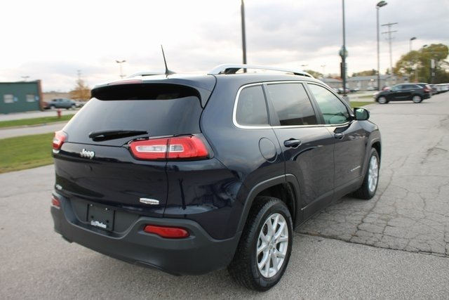 Thelen Bay City >> Gently used 2016 Jeep Cherokee Latitude for sale in Bay City